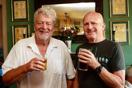 Steve(L) receiving a CAMRA award in 2017
